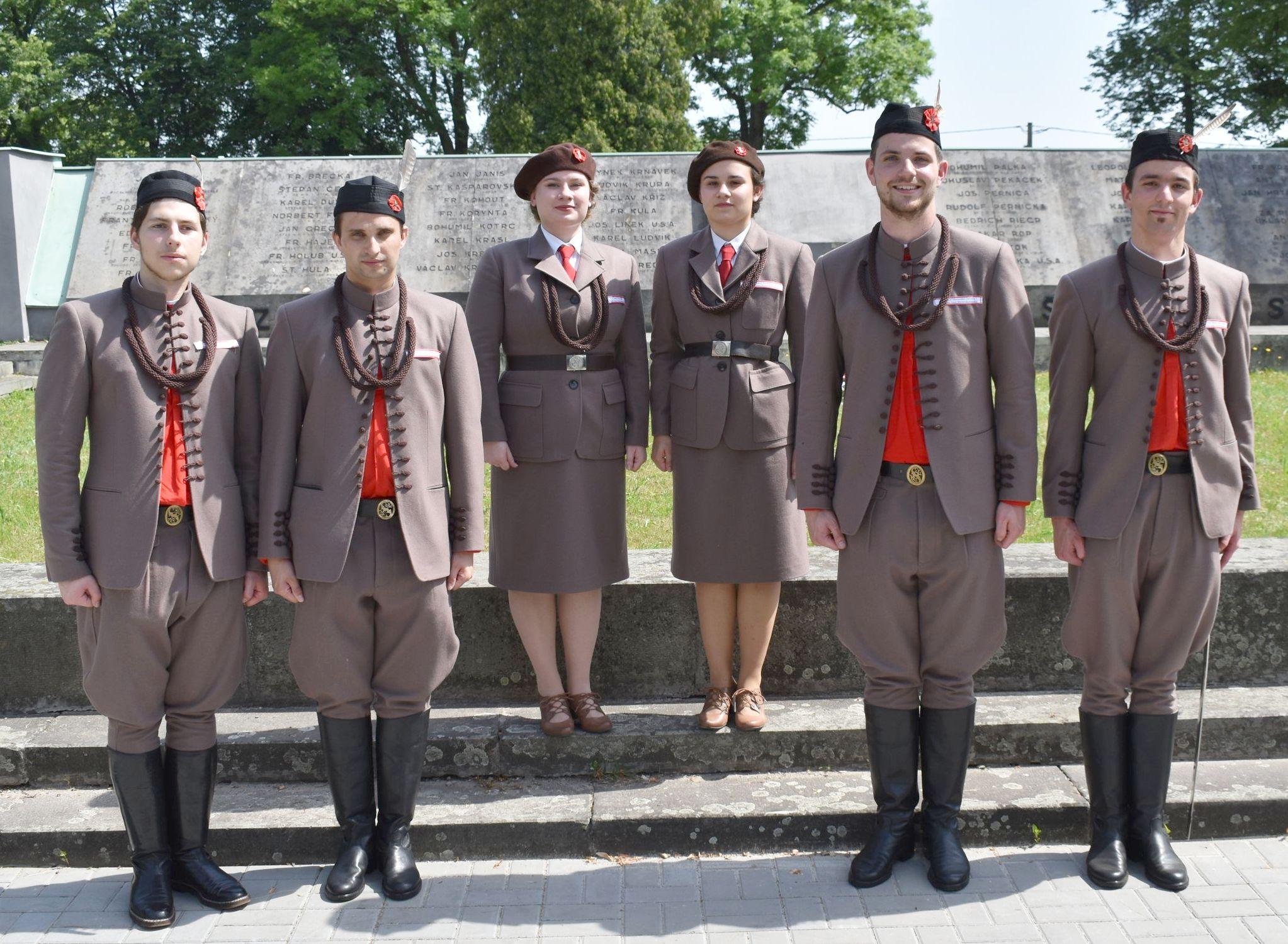 Sokolské kroje župy Moravskoslezské